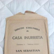 Música de colección: DISCOS COLUMBIA CASA IÑURRIETA SAN SEBASTIAN BOLSA DE DISCOS DE CARTON LP AÑOS 60. Lote 103134231