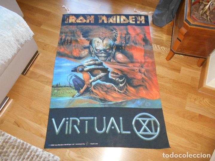 Música de colección: Iron Maiden Virtual XI world Tour BANDERIN oficial, Manga corta Gira 1998 CONCIERTO TELA - Foto 2 - 110158543