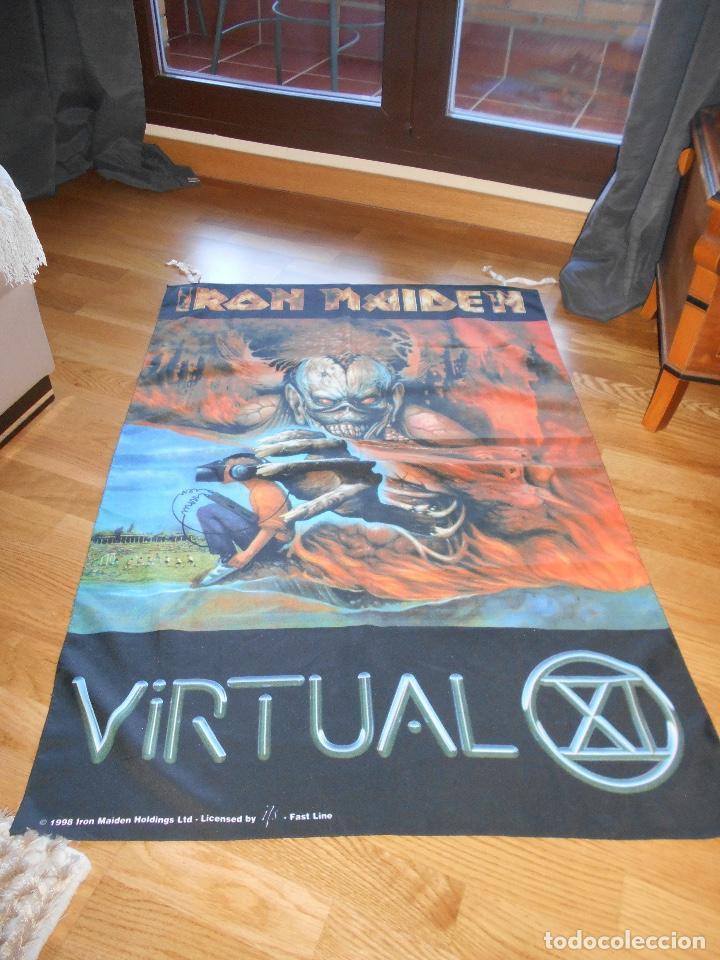 Música de colección: Iron Maiden Virtual XI world Tour BANDERIN oficial, Manga corta Gira 1998 CONCIERTO TELA - Foto 3 - 110158543