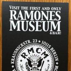 Musique de collection: POSTAL DEL GRUPO RAMONES (MUSEO RAMONES) - BERLÍN . Lote 120746999