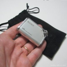 Música de colección: SONY MP3 NETWORK WALKMAN NW-E55 CON FUNDA ORIGINAL FUNCIONANDO. Lote 130393782