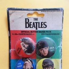 Música de colección: THE BEATLES 4 CHAPAS IMPERDIBLE NUEVO PRECINTADO (4 CM DIAMETRO). Lote 131598466