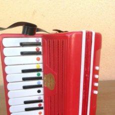 Música de colección: ACORDEÓN DE JUGUETE MARCA GUERRINI DO RE MI VER FOTOS. Lote 131855914