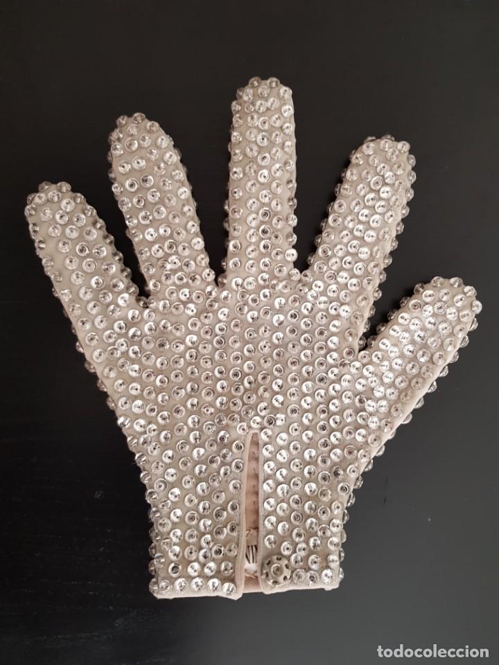 Música de colección: Guante original con cristales de Swarovski personalizado y usado por Michael Jackson - Foto 3 - 146059550