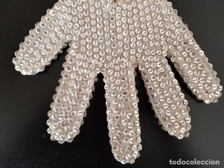 Música de colección: Guante original con cristales de Swarovski personalizado y usado por Michael Jackson - Foto 7 - 146059550