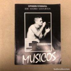 Música de colección: MÚSICA. CATÁLOGO EXPOSICIÓN FOTOGRÁFICA DE JOSÉ MARÍA SANTURTUN EN 1986. LOQUILLO, MIKE OLDFIELD, SA. Lote 147376970