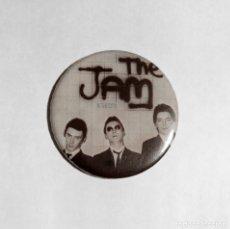 Música de colección: THE JAM - IN THE CITY IMÁN NEVERA 59MM - ROCK PUNK MOD. Lote 222504572