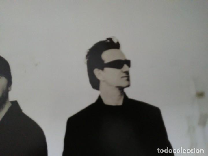 Música de colección: Póster U2 Beautiful Day. 85 x 61 cm - Foto 3 - 165662338