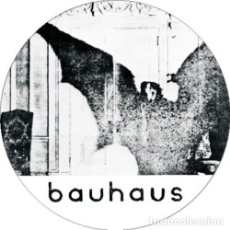 Música de coleção: CHAPA/BADGE BAUHAUS . PIN BUTTON PETER MURPHY LOVE AND ROCKETS JOY DIVISION. Lote 170951070