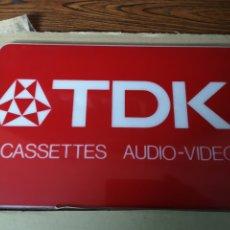 Música de colección: A2. CARTEL. TDK.. CASSETTES. AUDIO. VIDEO. Lote 172739210