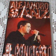 Música de colección: CONCIERTO DE ALEJANDRO SANZ EN VHS. Lote 173552747