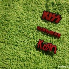 Música de colección: KISS KORN IRON MAIDEN 3 PINS METALICOS COLECCIONISTAS PIN MUSICA . Lote 176997674