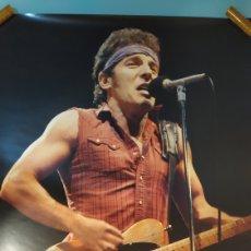 Música de colección: POSTER BRUCE SPRINGSTEEN TAMAÑO 96X68 ORIGINAL AÑO 1985. BUEN ESTADO. Lote 203885520