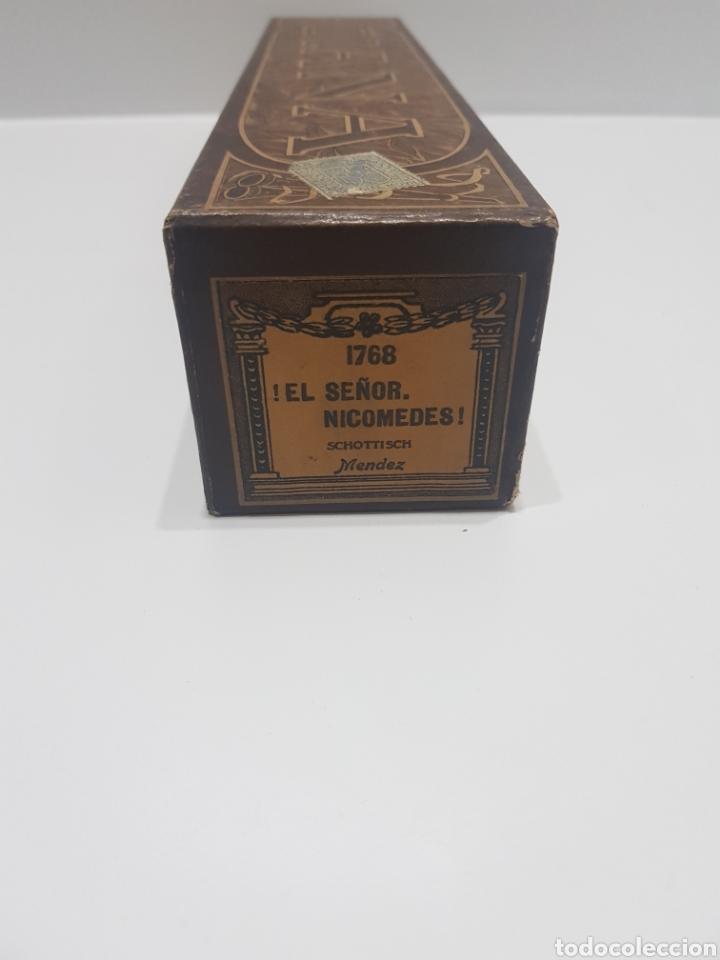 Música de colección: ROLLO DE PIANOLA CON CAJA ORIGINAL 1768 EL SEÑOR NICOMEDES SCHITTISCH MENDEZ - Foto 5 - 213225313