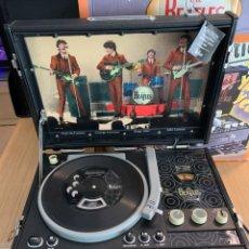 Música de colección: THE BEATLES PICK-UP CD-PLAYER/RADIO CAJA. Lote 215369968