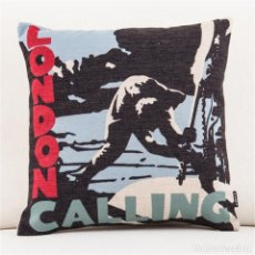 Musica di collezione: THE CLASH - LONDON CALLING !! - EXCLUSIVO COJIN ALGODÓN Y LINO, LIMT EDIT, NUEVO. Lote 216007437