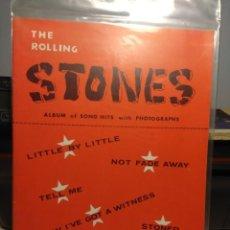 Música de colección: THE ROLLING STONES : ALBUM OF SONG HITS WITH PHOTOGRAPHS (18 PAGINAS, 11 FOTOS). Lote 228515920