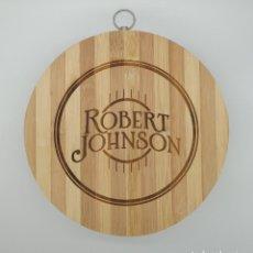 Música de colección: ROBERT JOHNSON BLUES / TABLA DE MADERA DE COCINA PARA CORTAR PAN O DECORAR. Lote 230360670