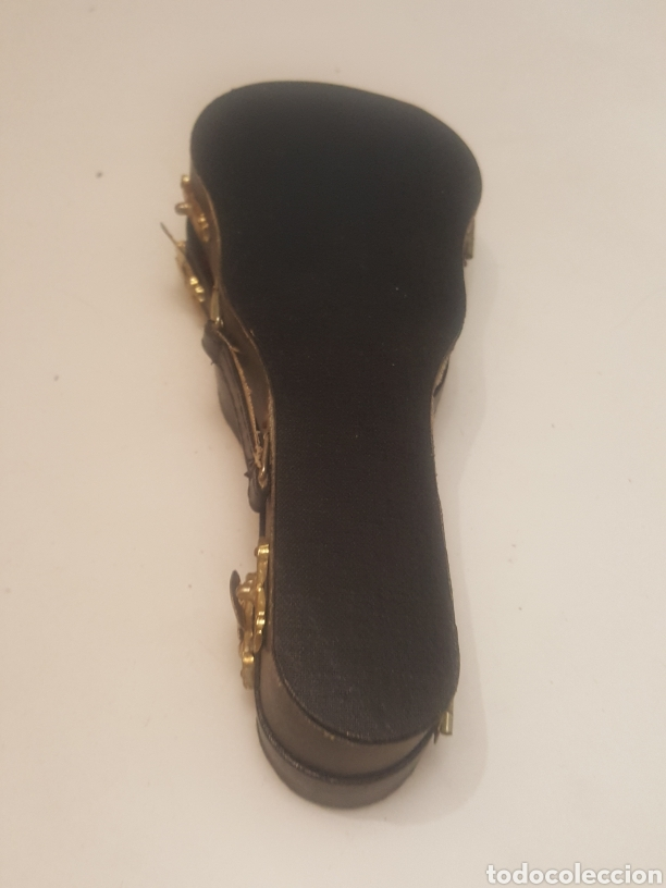 Música de colección: Miniatura guitarra española de 18 cms con peana y estuche - Foto 5 - 236996060