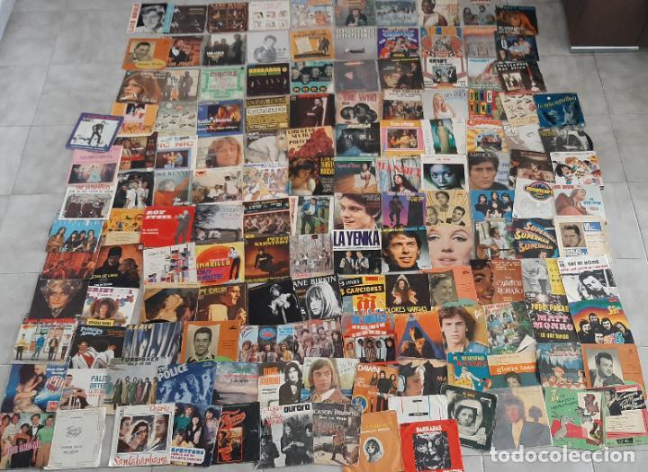 Música de colección: GRAN LOTE 139 UDs MUSICA DISCO DE VINILO SINGLE ROCK POP DISNEY BANDA SONORA CUENTO ESPECIAL - Foto 2 - 198651863