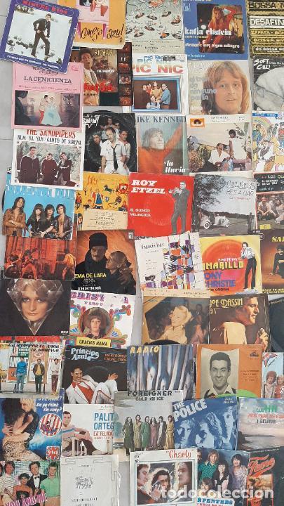 Música de colección: GRAN LOTE 139 UDs MUSICA DISCO DE VINILO SINGLE ROCK POP DISNEY BANDA SONORA CUENTO ESPECIAL - Foto 5 - 198651863