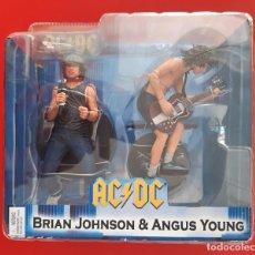 Musique de collection: AC DC BRIAN JOHNSON Y ANGUS YOUNG - 2 FIGURAS NECA (NUEVO, SIN ABRIR). Lote 238911675