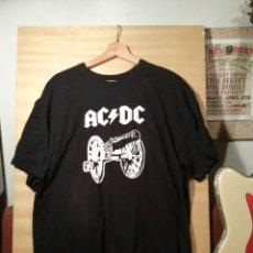 Música de colección: CAMISETA. AC/DC. NUEVA. PREGUNTAR TALLA.. Lote 251481170