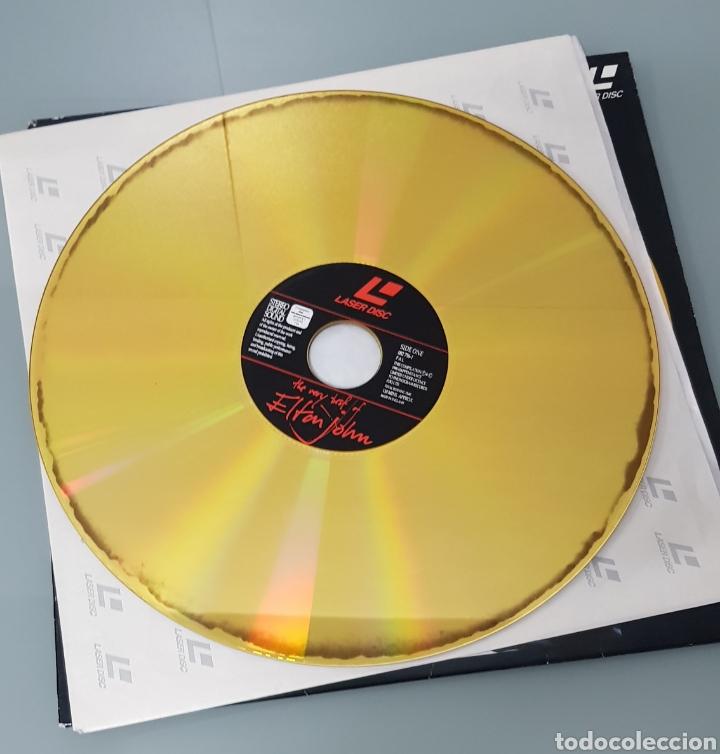 Música de colección: THE VERY BEST OF ELTON JOHN LASER DISC - Foto 3 - 289618048