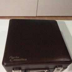 Música de colección: MALETA 24 PORTACASSETTE CON 15 CASSETTES. Lote 289900943