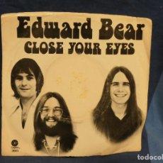 Música de colección: BOXX129 DISCO 7 PULGADAS USA ESTADO DECENTE EDUARD BEAR CLOSE YOUR EYES. Lote 295476833