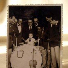 Fotos de Cantantes: FOTOGRAFIA, FOTO DE ARTISTA, FOTO RAFA, VALENCIA TROQUELADA, 1950. Lote 32328203