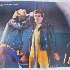Fotos de Cantantes: PHIL COLLINS AND PETER GABRIEL - POSTER DE 40 X 53 CM. DE LA REVISTA POPULAR 1. Lote 36924160