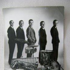 Fotos de Cantantes: GRUPO MUSICAL.221. Lote 41011721