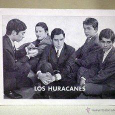 Fotos de Cantantes: TARJETA PUBLICITARIA, GRUPO MUSICAL, LOS HURACANES, 14 X 10 CM, EMI. Lote 43985868