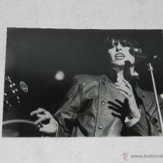 Fotos de Cantantes: (M-ALB4) FOTOGRAFIA PRETENDERS , 18 X 13 CM, BUEN ESTADO. Lote 47802632