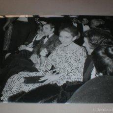 Fotos de Cantantes: FOTOGRAFIA DE CHARLES AZNAVOUR Y MARÍA CALLA. Lote 57834232