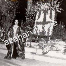 Fotos de Cantantes: ESPECTACULAR FOTOGRAFIA DE MONTSERRAT CABALLE EN EL LICEO DE BARCELONA,1977,240X180MM. Lote 58665776