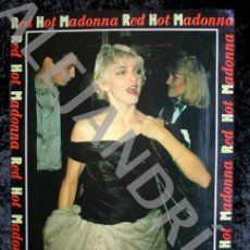 Fotos de Cantantes: FOTOGRAFIA - RED HOT MADONNA - ORIGINAL EN CARTULINA - 38X30CM - CON SEAN PENN. Lote 62373752