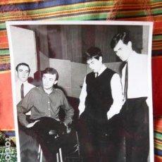 Fotos de Cantantes: GERRY Y LOS PACEMAKERS FOTO ORIGINAL AÑOS 60. Lote 68495881
