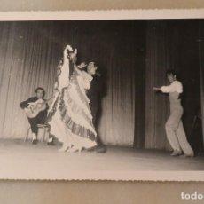 Fotos de Cantantes: RARA FOTOGRAFÍA DE JUANITO VALDERRAMA Y DOLORES ABRIL. AÑOS 50. Lote 74356595