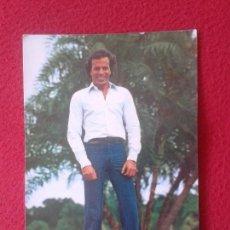 Fotos de Cantantes: POSTAL POST CARD POSTCARD CANTANTE JULIO IGLESIAS SPANISH SINGER. PAGSA. COLECCIÓN PERLA 1982 VER. Lote 79238293