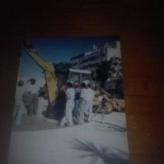Fotos de Cantantes: PREPARANDO LA UBICACIÓN DEL MONUMENTO DEL CAMARÓN. FACSIMIL. Lote 93017435