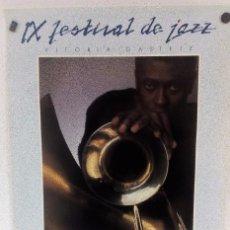 Fotos de Cantantes: IX FESTIVAL DE JAZZ DE VITORIA - GASTEIZ 1985 CARTEL ORIGINAL 69,5X46,5 CMS.. Lote 103689267