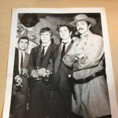 Fotos de Cantantes: THE BEATLES - FOTO DE PRENSA ORIGINAL AÑOS 60. Lote 111537282