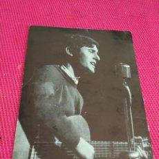Fotos de Cantantes: VICTOR MANUEL POSTAL FOTO CON DEDICATORIA . Lote 133840842