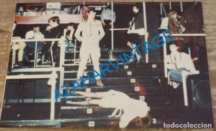 1982, FOTOGRAFIA PUBLICITARIA DEL GRUPO DE ROCK DULCE VENGANZA, QUIERO MATAR A UNA CHICA (Música - Fotos y Postales de Cantantes)