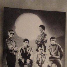 Fotos de Cantantes: ANTIGUA POSTAL GRUPO MUSICAL. WEEK END. FOTO ALFREDO BARCELONA.AÑOS 60. Lote 146301534