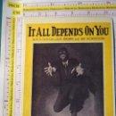 Fotos de Cantantes: POSTAL DE MÚSICA. AÑO 1988. RETRO VINTAGE ANTIGUA CANCIÓN. IT ALL DEPENDS ON YOU 1926. 2118. Lote 147366662