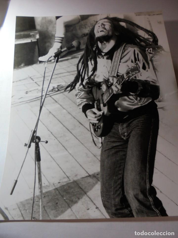 MAGNIFICA FOTOGRAFIA DE BOB MARLEY (Música - Fotos y Postales de Cantantes)