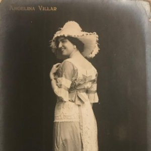 Angelina Villar. Fotografía / Tarjeta postal original.